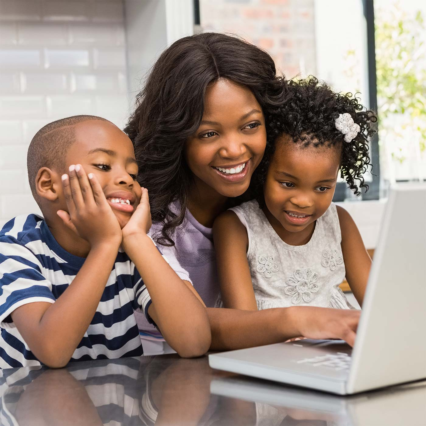 Ecommerce Business Ideas for Work at Home Moms